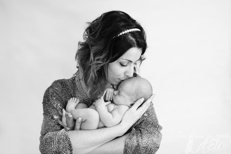 Photographe Haute Loire Séance bébé nouveau né Monistrol sur Loire